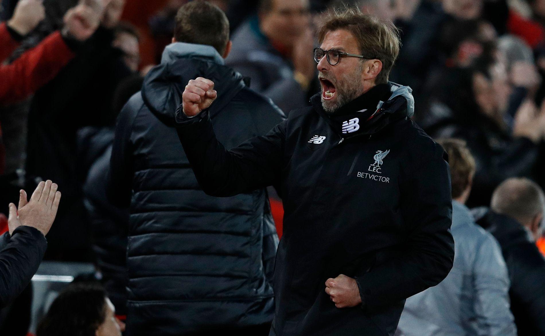 SÅ GLAD: Jürgen Klopp jubler etter Liverpools 2-0-scoring mot Arsenal på Anfield