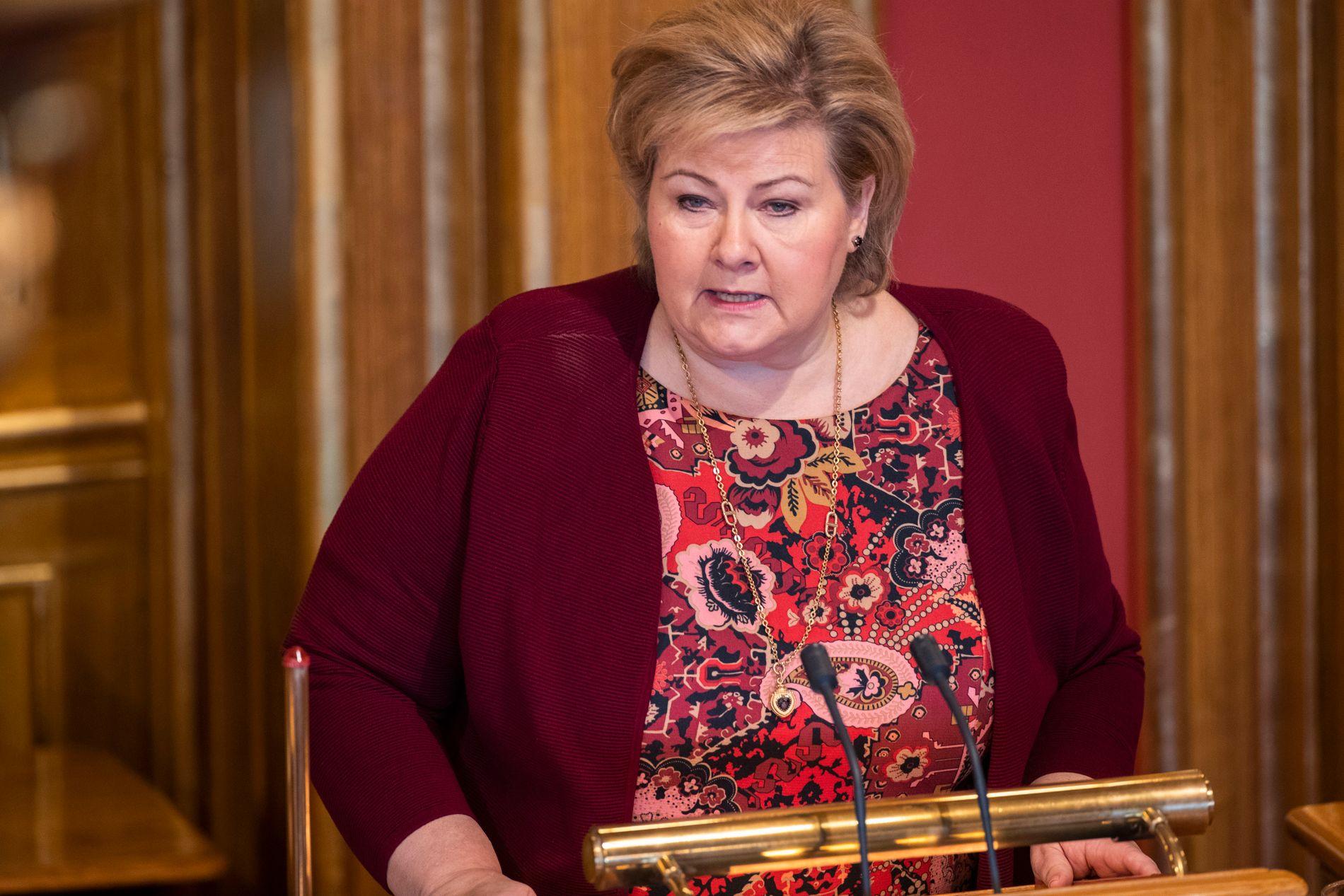 PRESSET I SPØRRETIMEN: Erna Solberg fikk kritiske spørsmål om pengebruken fra Jonas Gahr Støre og resten av opposisjonen onsdag.