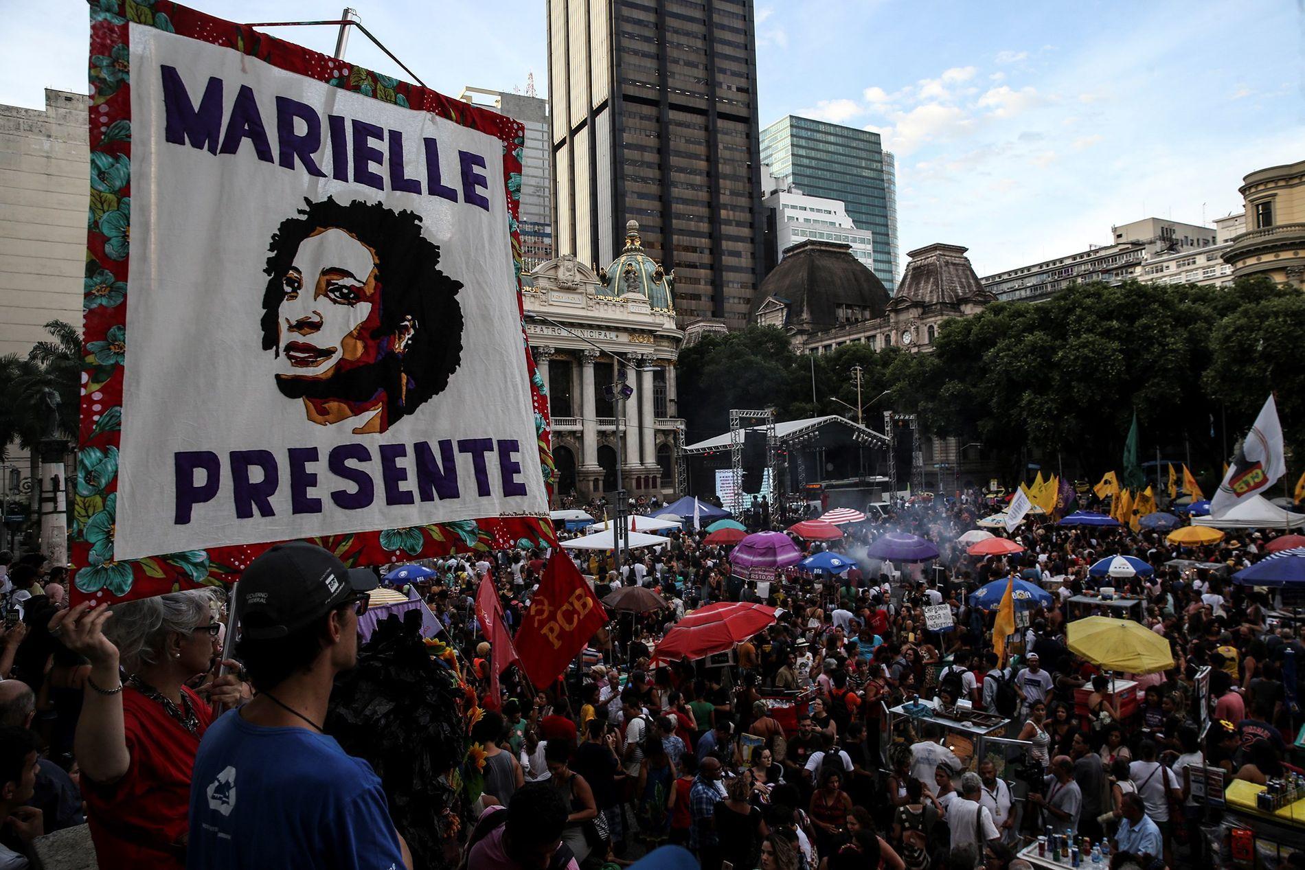 LEVER VIDERE: – Den myrdede politikeren Marielle Franco vil fortsatt spille en stor rolle i brasiliansk politikk. Gjerningsmennene trodde at problemet var løst ved å bli kvitt henne, det var tross alt bare et vanlig mord i Rio som ofte ikke etterforskes. De tok feil, skriver kronikkforfatteren.