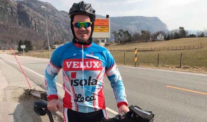 SYKLER GJENNOM EUROPA: Kenneth Pettersen fra Sandnes sykler fra Nordkapp til Gibraltar, på veien samler han inn penger til Kreftforeningen.