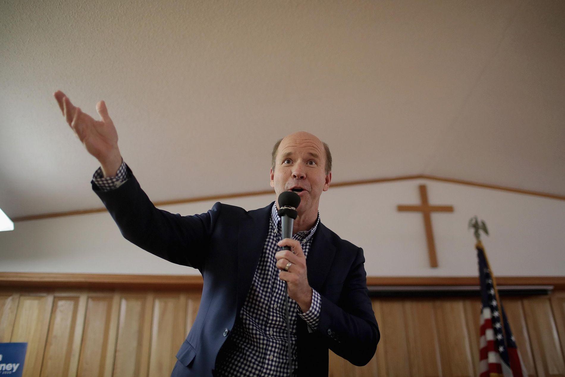 KIRKEBESØK: John Delaney besøkte en kirke i Iowa i februar.