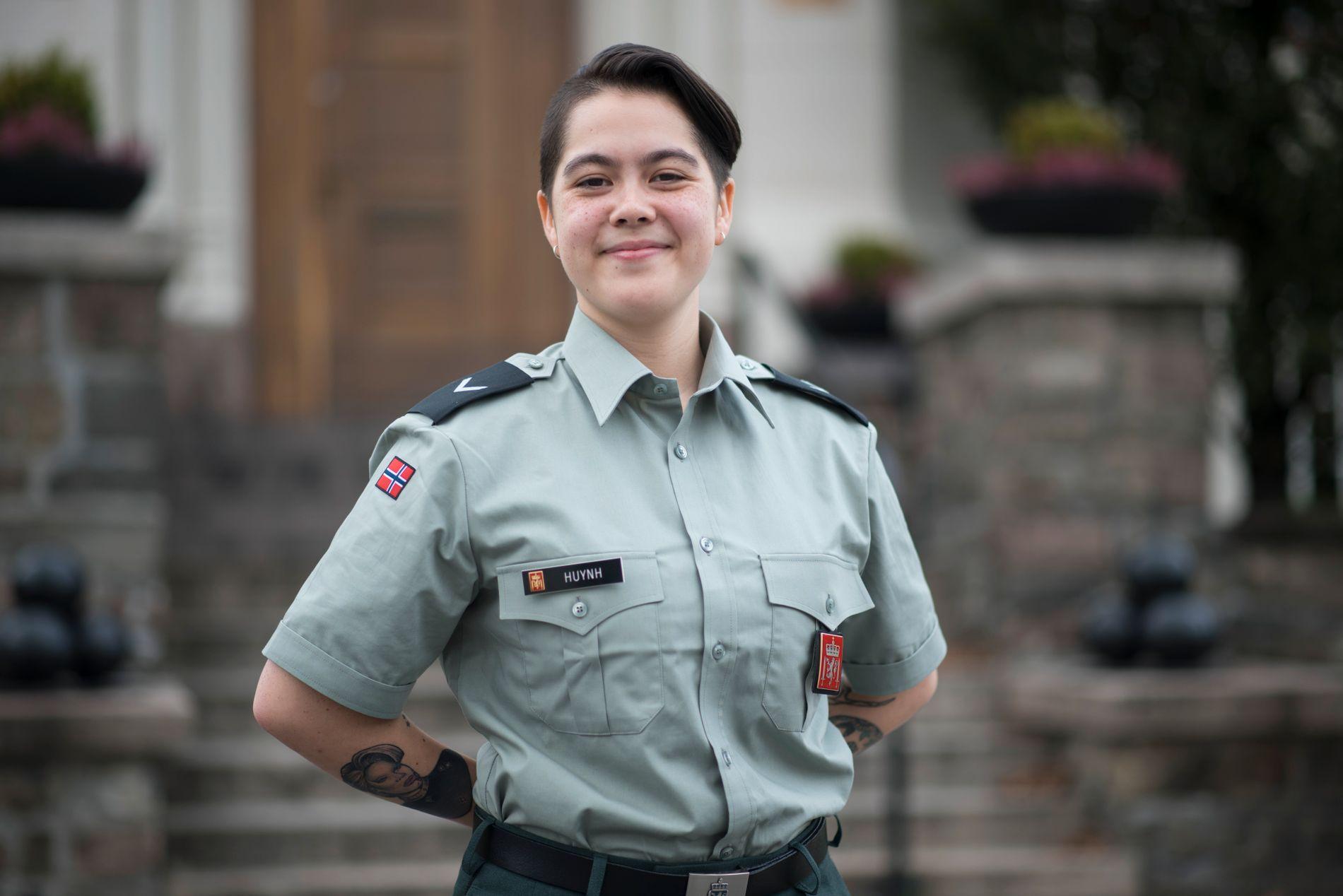 LANDSTILLITSVALGT: Lise Huynh, landstillitsvalgt i Forsvaret, mener skrivet er laget med god hensikt, men at det kommer uheldig ut.