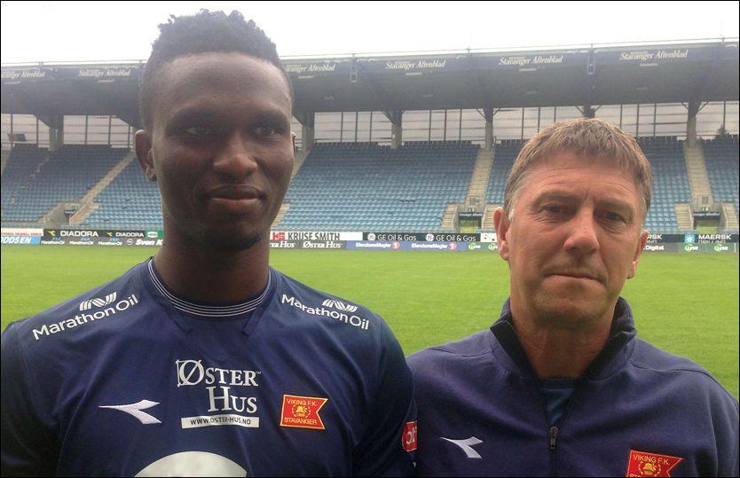NY MANN: Viking-trener Kjell Jonevret mener Osita Henry Chikere kan bli en solid forsterkning for Stavanger-klubben. Foto: Øyvind Jacobsen, VG