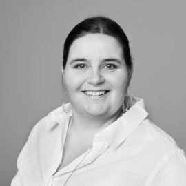 -FÆRRE VITSEMAILER: Sosiale medier- og digital kommunikasjonsrådgiver Astrid Valen-Utvik i konsulentfirmaet Valen-Utvik tror det har blitt færre vitsemailer til kolleger etter gjenombruddet for sosiale medier.