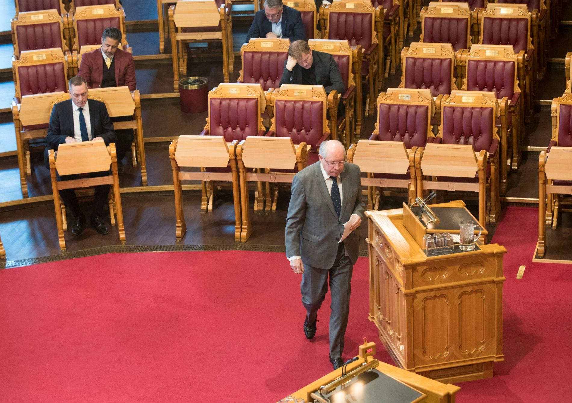 VIL HA GRANSKING: Arbeiderpartiets Martin Kolberg i Stortingssalen tirsdag. Her tok han til orde for en ekstern gransking av arbeidet med å heve fregatten.