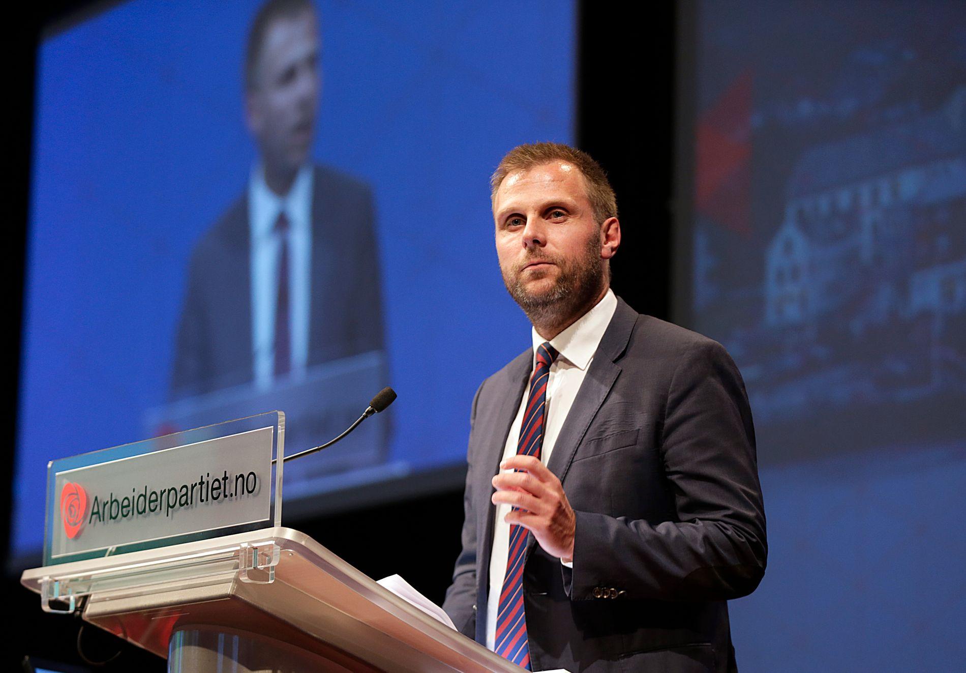 KREVER STRAKSTILTAK: Aps helsepolitiske talsmann, Torgeir Micaelsen, mener det haster for helseministeren med å sette inn tiltak mot tvang i psykiatrien.