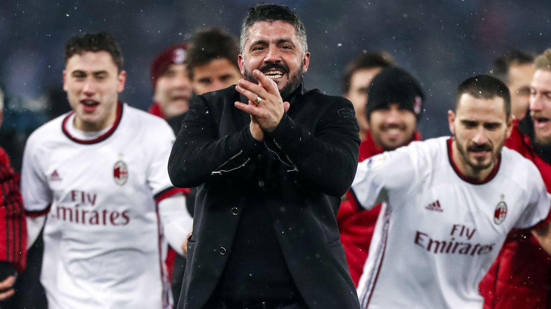 TIL FINALE: To av kampene AC Milan ikke har vunnet siste 13, er mot Lazio i Coppa Italia. Gattuso (i midten) og hans mannskap kunne likevel juble for finaleplass etter å ha vunnet straffesparkkonkurransen mot hovedstadslaget.