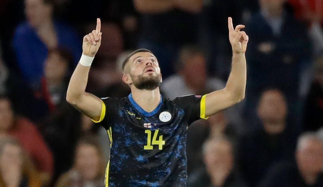 «NORSK» STJERNE: Valon Berisha har 20 landskamper for Norge og i den femtende for Kosovo scoret han to mål mot England.