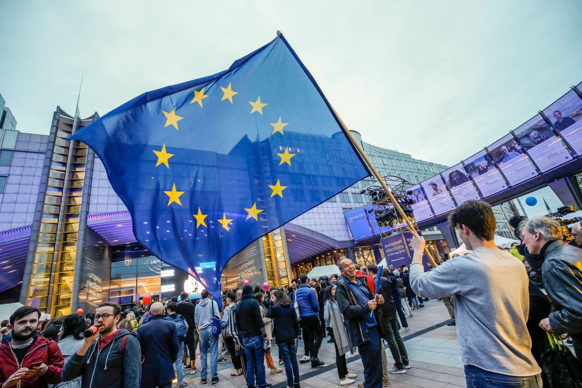 EU-VALGET: – Det politiske sentrum, de tradisjonelle folkepartiene, taper terreng, og dette kan på sikt bli et stort problem for de liberale demokratiene, skriver kronikkforfatteren.