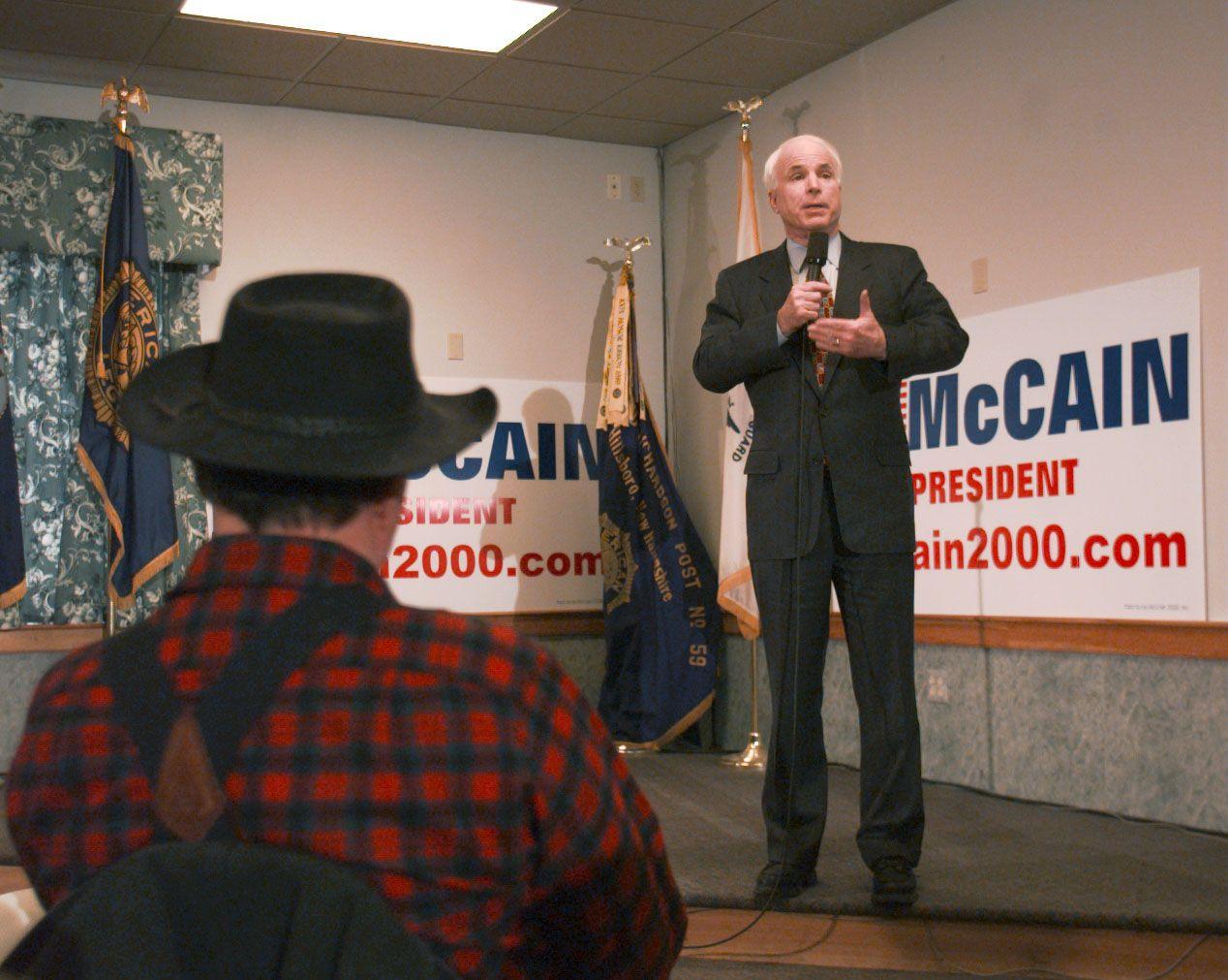 TRADISJONELLE VERDIER: John McCain målbar tradisjonelle konservative verdier og ble aldri med på den nykonservative bølgen som begynte under Reagans presidenttid, sier en USA-ekspert VG har snakket med.