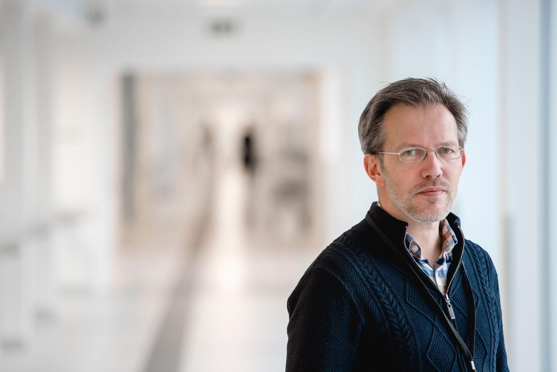 KRITISK: Foretaksjurist Jostein Vist i Østfold mener sykehus som har utlevert tvangslogger uten å sladde dem like mye som hans sykehus har gjort kan ha brutt taushetsplikten.