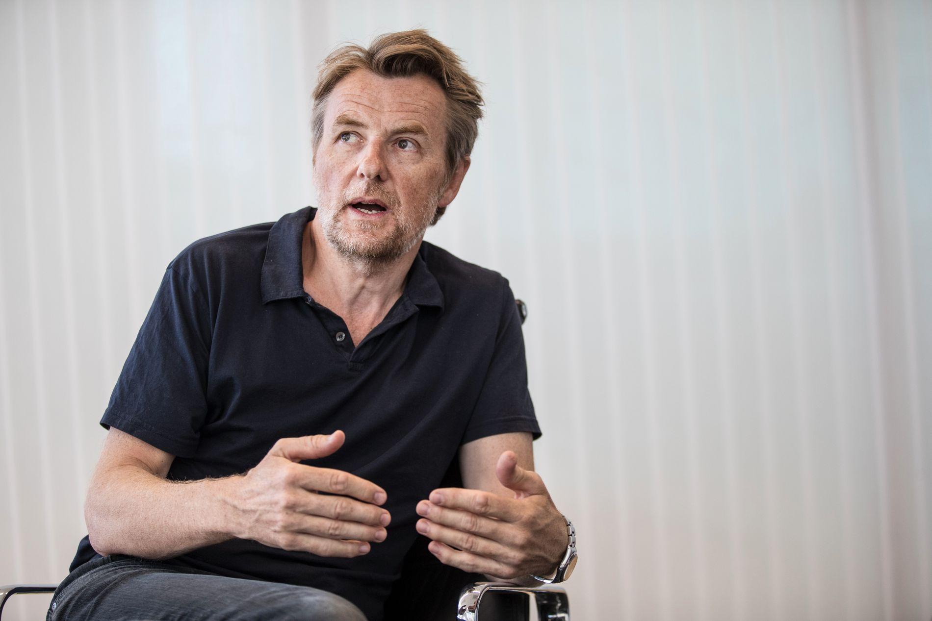 BYTTER KANAL: Fredrik Skavlan er fra i høst TV 2-programleder, etter 20 år som talkshowvert i NRK.