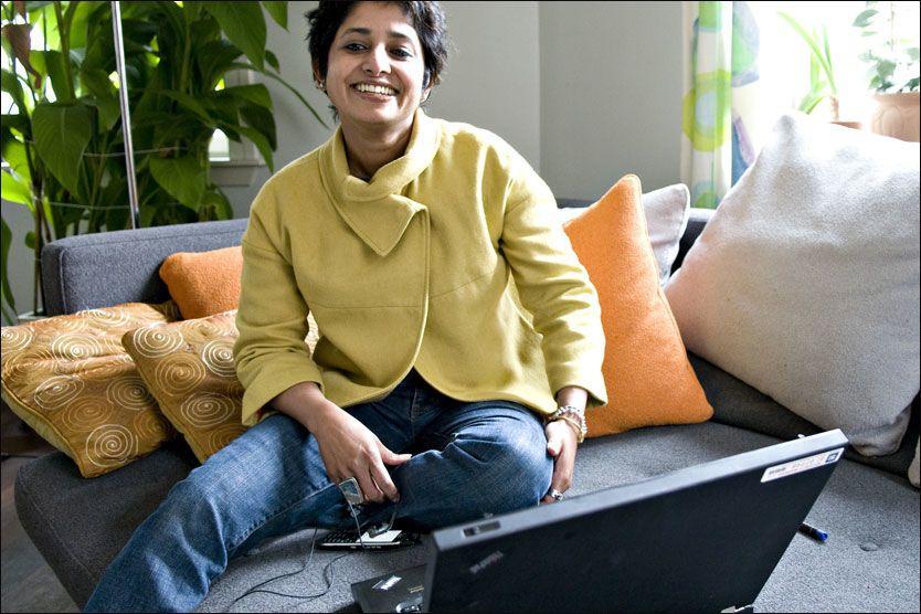 77d7bed4 Sangeeta Singh har doktorgrad i forbrukeratferd, og heller mot å være en  «karrierejeger», skal vi tro mobilbruks-mønsteret hennes.