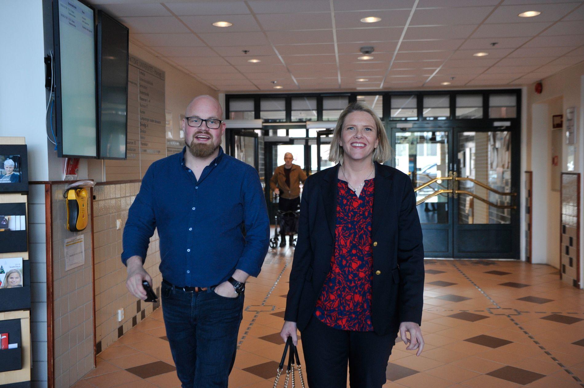 FRITTALENDE: Eivind Steine (til venstre) og Sylvi Listhaug inviterte til et åpent møte på UiT Campus Harstad. Listhaug snakket om både helse- og omsorgspolitikk og innvandring.