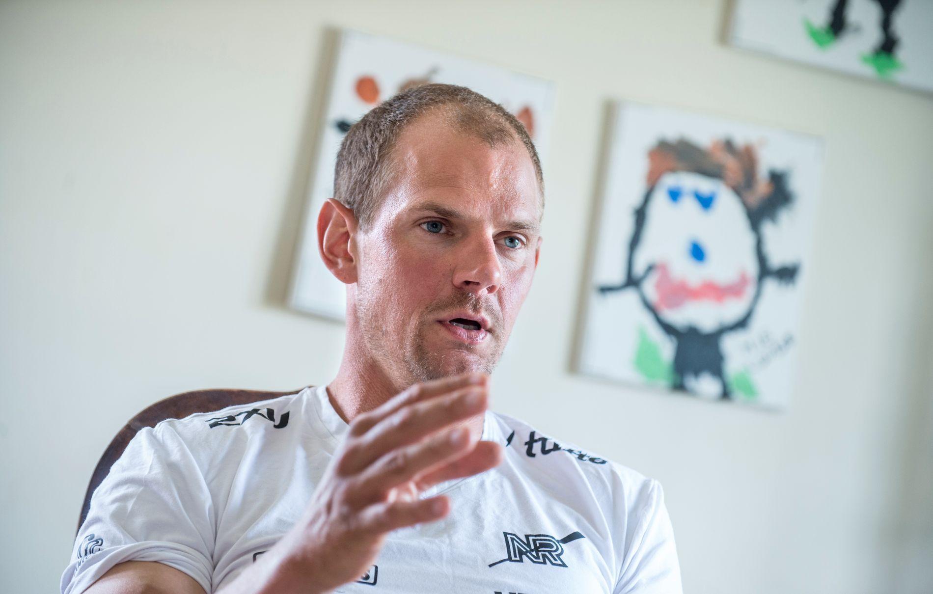 IRRITERT: Olaf Tufte er oppgitt etter at en dopingprøve at friidrettstalentet Sondre Guttormsen gikk galt.