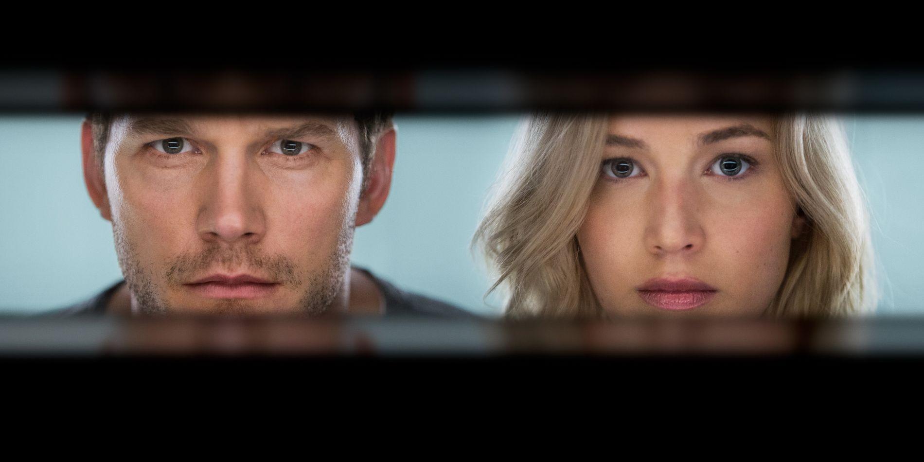 KLINGER I KASSA: Chris Pratt og Jennifer Lawrence har begge vært med i flere store kassasuksesser. Her i «Passengers».