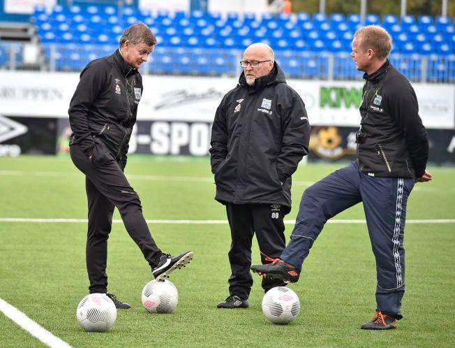 GAMLE KJENTE: I 1994 trente Ole Olsen (i midten) både Ole Gunnar Solskjær og hovedtrener Christian Michelsen. Nå er Olsen assistent i Kristiansunds trenerteam.