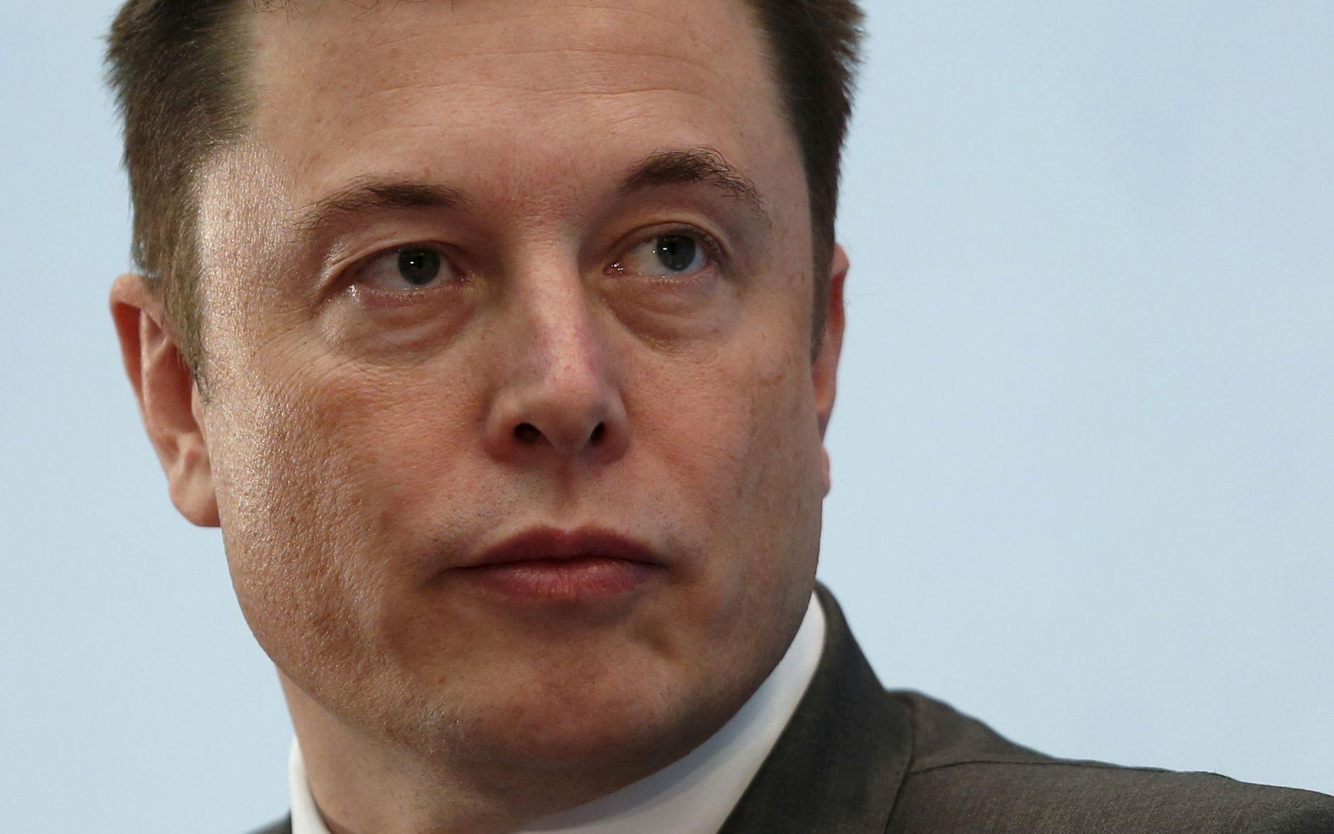 SAKSØKT: Dykkeren mener Elon Musk, her avbildet i januar 2016, har ærekrenket ham med sine påstander.