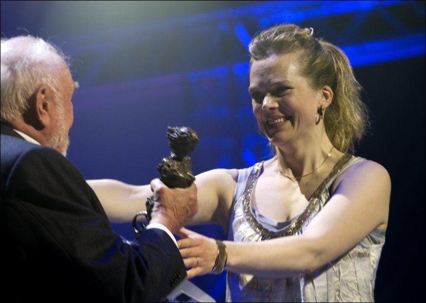 PRISVINNER: Ane Dahl Torp stakk av med prisen for beste kvinnelige hovedrolle. Foto: NTB Scanpix