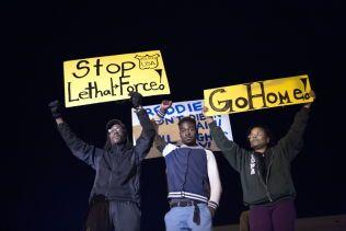 DEMONSTRERER: Dødsfallet på Freddie Gray som ble arrestert av politiet i april rystet innbyggerne i Baltimore.