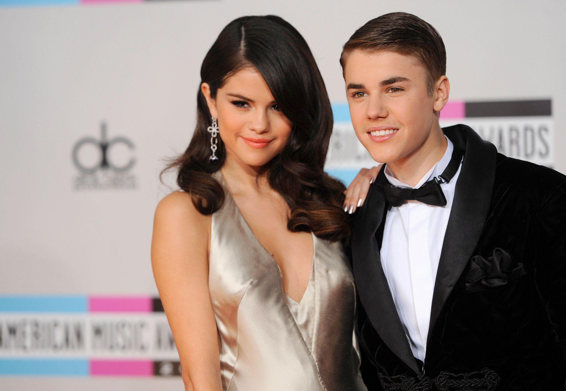 HACKET: Selena Gomez og Justin Bieber var et par i flere år. Mandag ble en rekke nakenbilder av Bieber publisert på Gomez' instagramkonto.