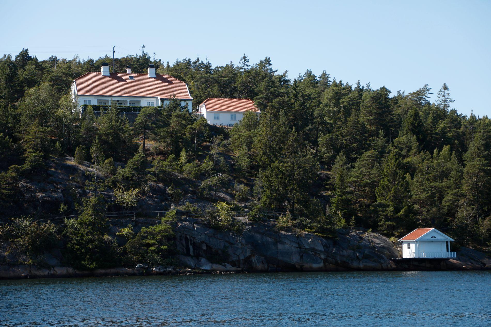 TIL SALGS: Den norske kongefamiliens feriested Bloksberg, på øya Hankø i Østfold.