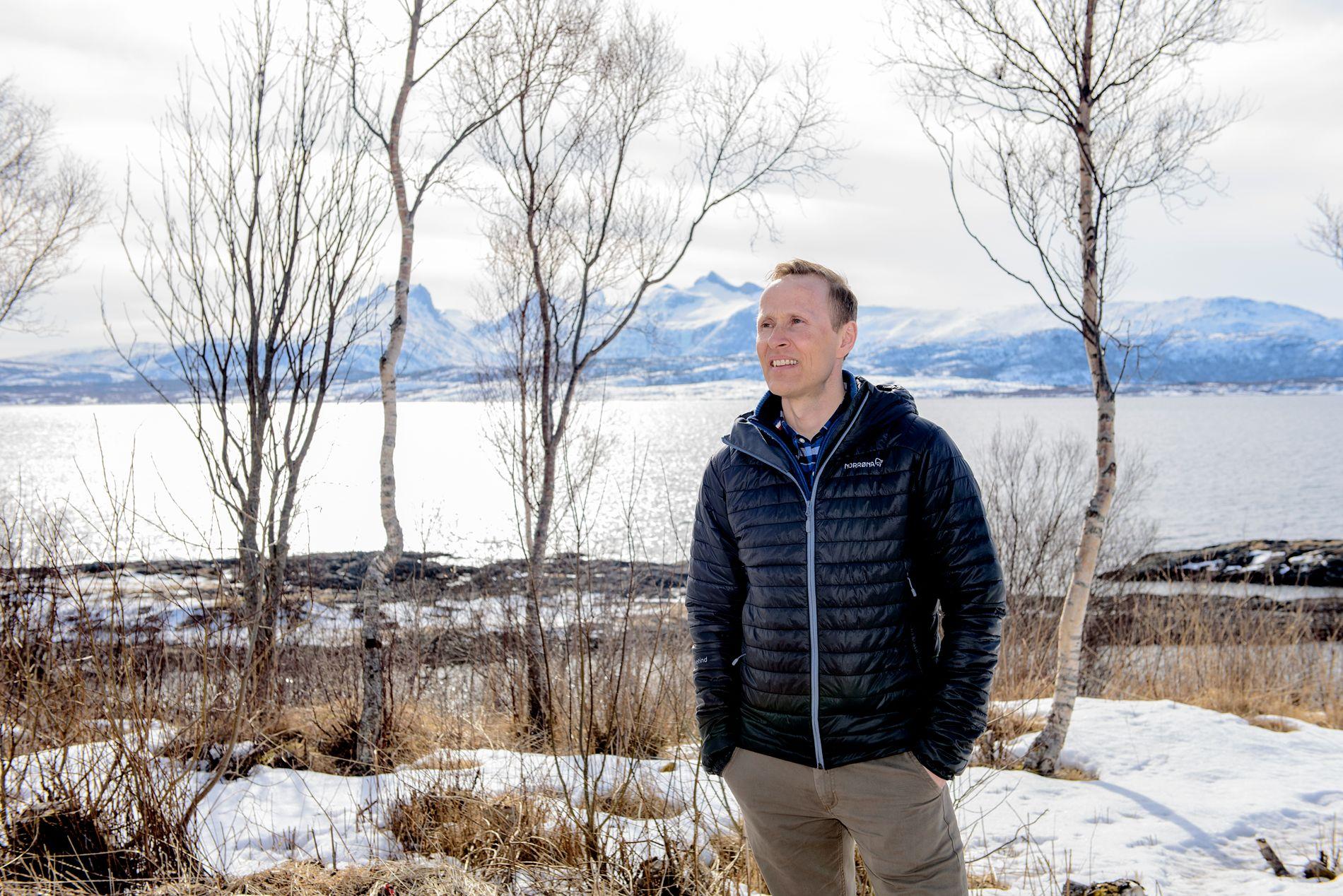 MOBILDISKUSJON: Rektor Erling Eiterjord har falt ned på mobilfri ungdomskole etter flere mellomløsninger.