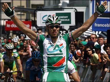 LADER OPP TIL TOUR DE FRANCE: Thor Hushovd vant søndag en etappe i rittet Dauphine Libere. Nå skal han lade batteriene til Tour d France. Foto: AFP