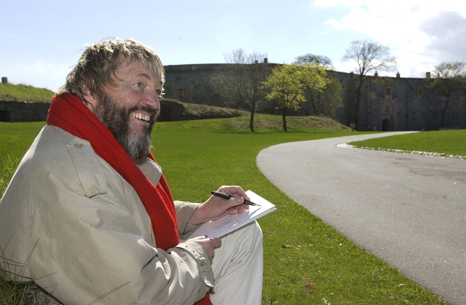 DØD:   Adresseavisens tegner Jan O. Henriksen døde på Trondhjems Hospital søndag kveld etter flere år med sykdom