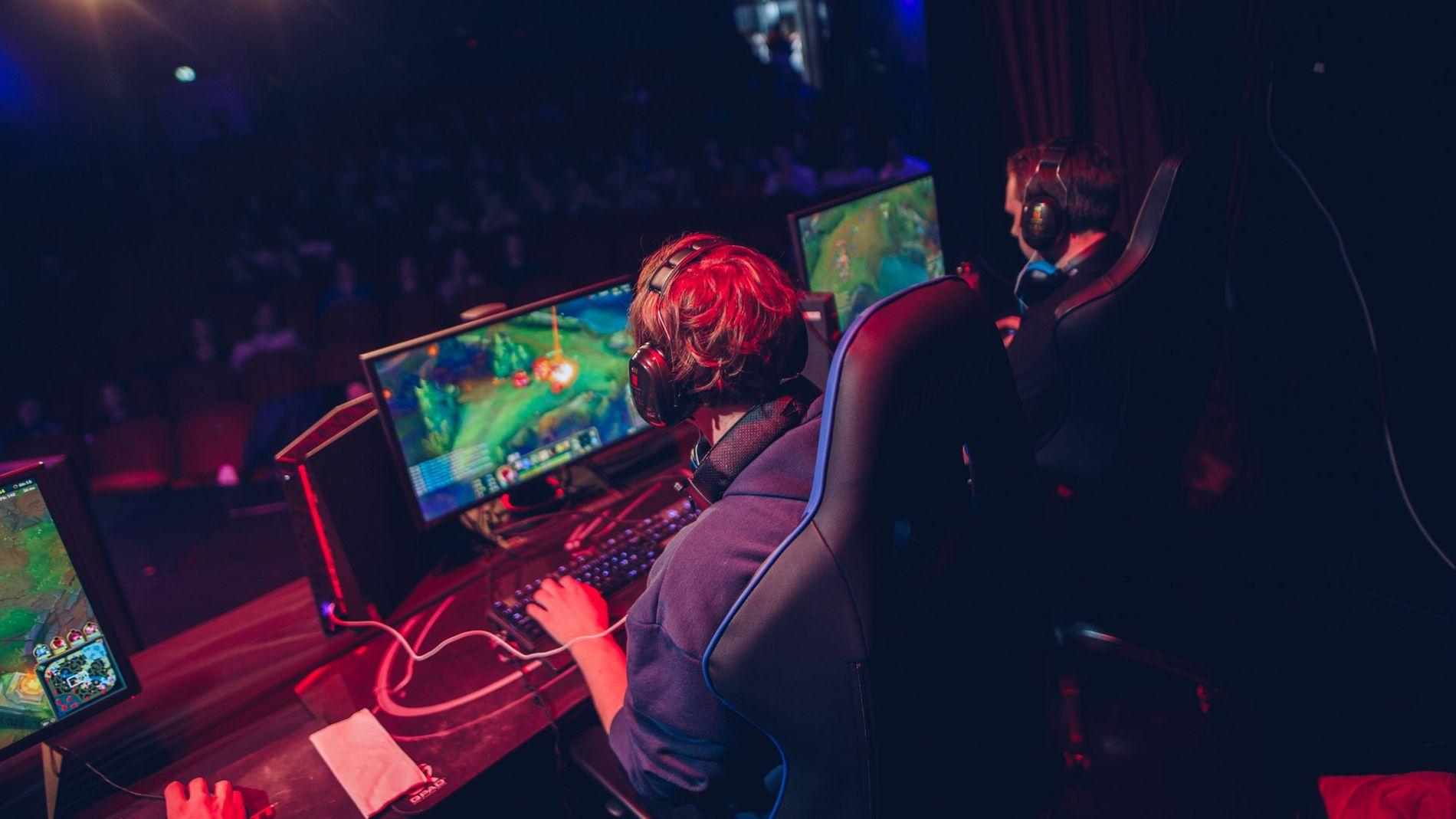 League of Legends-finalen skal spilles på en eldre patch enn ventet.