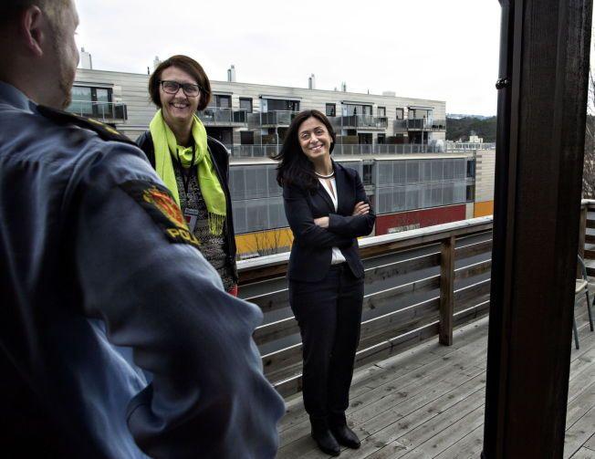 HJEMME BEST? Aps Kari Henriksen og Hadia Tajik mener Norge kunne løst soningskøen best på hjemmebane.