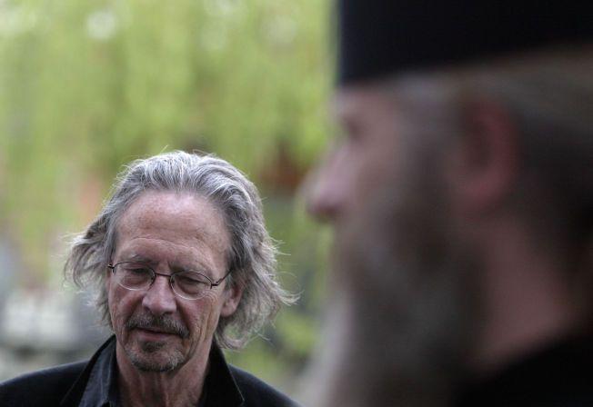 PROTEST: – Ibsen-prisen til Peter Handke bør trekkes og juryen for Ibsenprisen fratas sine verv, krever Ivar Amundsen.