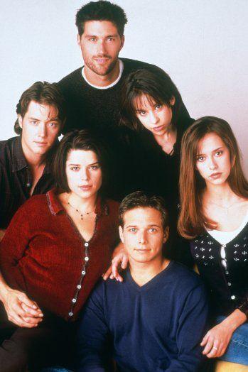 90-TALLET: Den originale serien gikk på TV 2 i Norge fra 1996. I dag kan tv-serien strømmes på Netflix.