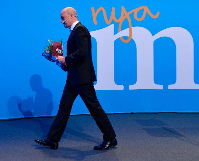 STÅR PÅ SITT: – Det er vanskelig å begripe på hvilken planet Reinfeldt befinner seg på. «Fornektelsens planet», ville Mikael Sandström, Reinfeldts tidligere nære medarbeider svart, om han fikk spørsmålet stilt, skriver kronikkforfatteren.