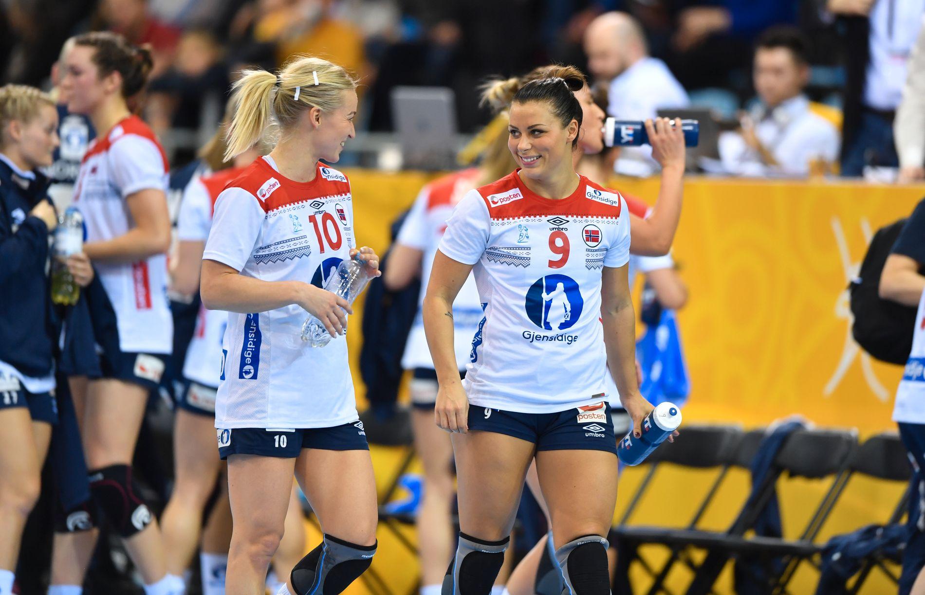 GODE: Stine Bredal Oftedal får best på VG-børsen, slik Nora Mørk har fått tidligere i mesterskapet.