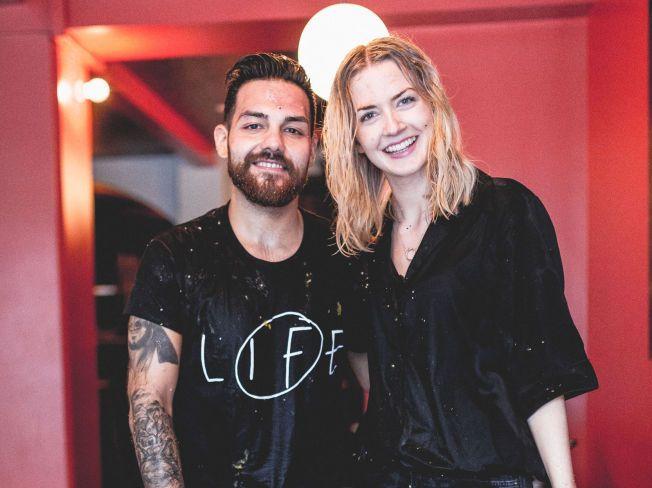 GLADE: I videoen til den nye låten «Rå» har Alejandro Fuentes matkrig med kjæresten Christina Kobbeltvedt. Paret har vært sammen i åtte år. Foto: CHRISTIAN BASTIANSEN.