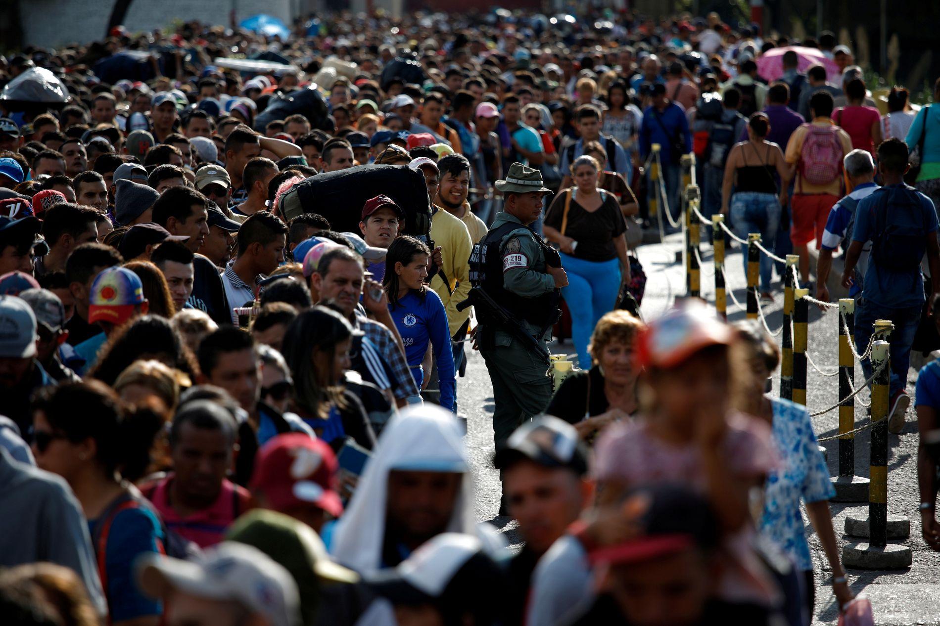MASSEVANDRING: Millioner av venezuelanere har forlatt det kriserammede landet de siste årene.