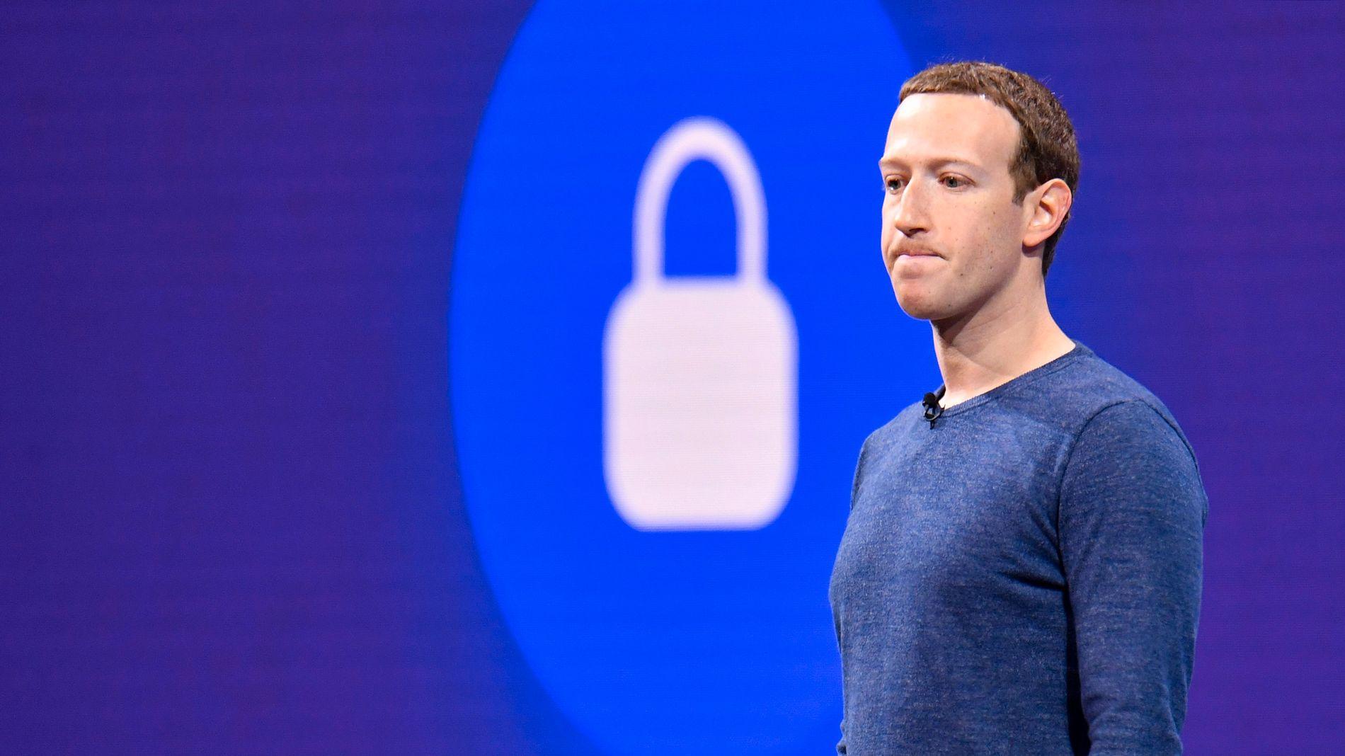 VITNESBYRD: Administrerende direktør Mark Zuckerberg avla i fjor vitnesbyrd for Kongressen vedrørende skandalen.