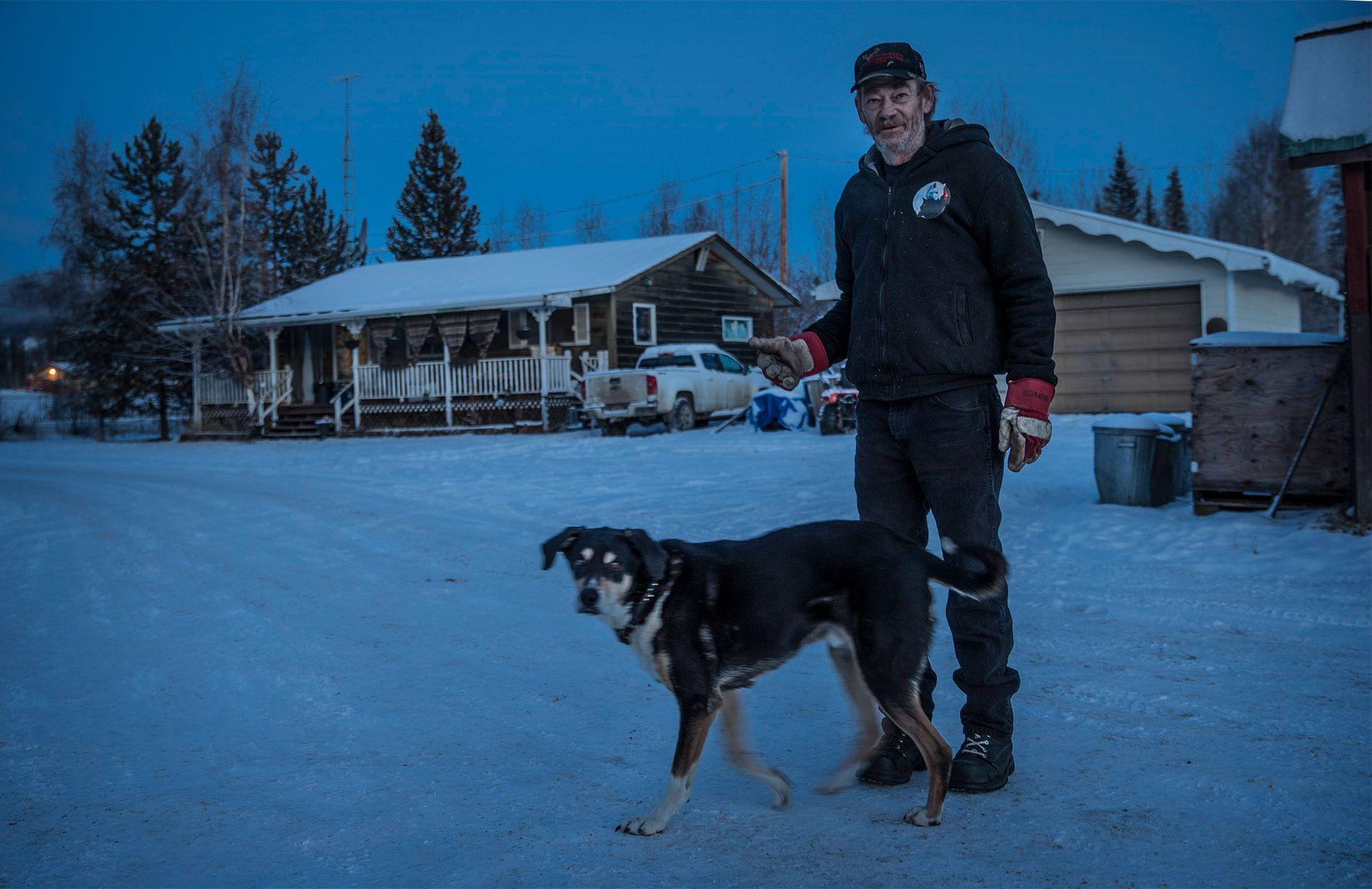 IKKE FOR MANGE: George Ronnigan i Mayo, mener ikke Yukon har et bjørneproblem.