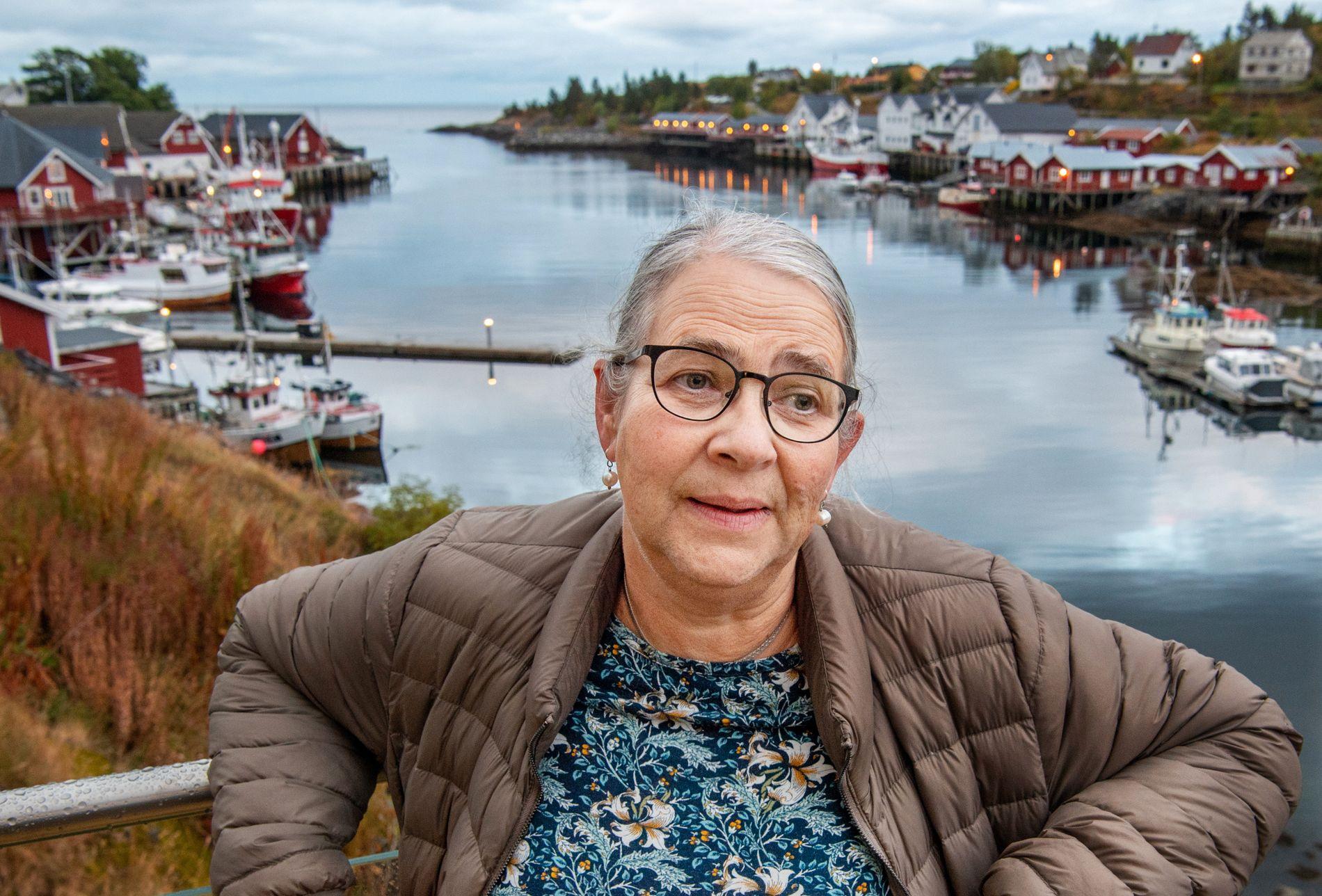 ORDFØRER UTEN PARTI: Lillian Rasmussen (Bygdelista) er ordfører i Moskenes, en av kommunene hvor partiene er helt eller delvis borte.