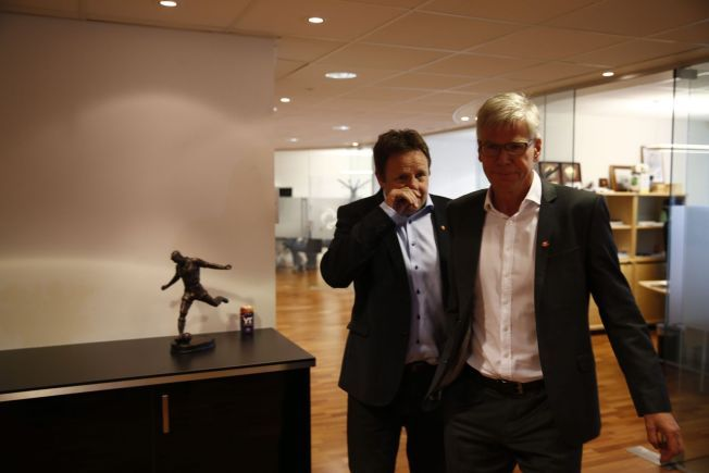 Oslo 20131025. Leif Øverland (th)overtar som administrerende direktør i Norsk Toppfotball (NTF). Foto: Gorm Kallestad / NTB scanpix