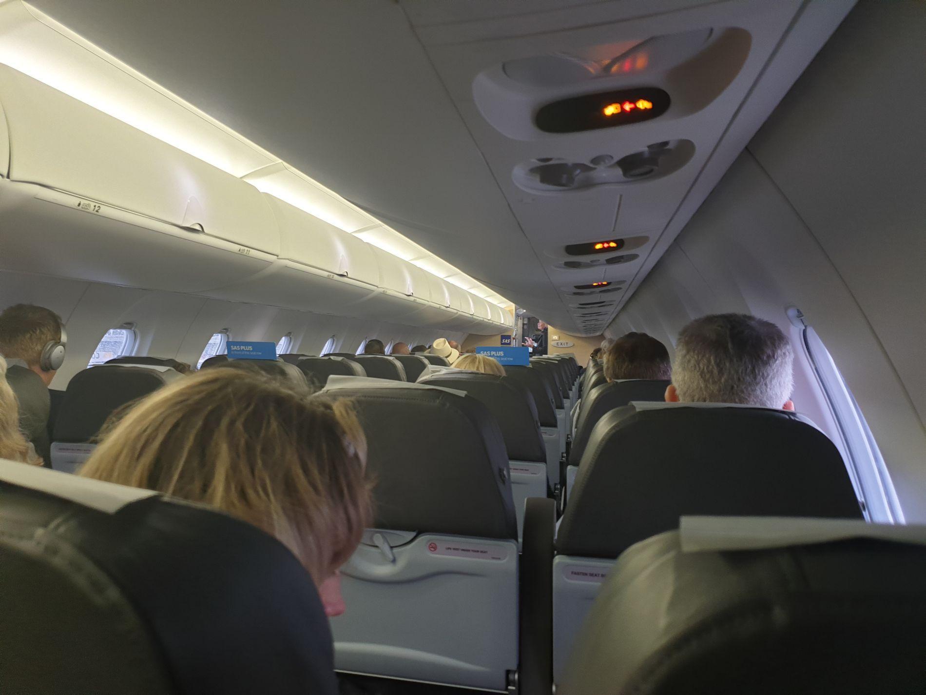 TOMME SETER: På SAS-flyet fra Trondheim til Oslo klokken 20.15 mandag kveld var det flere ledige seter.