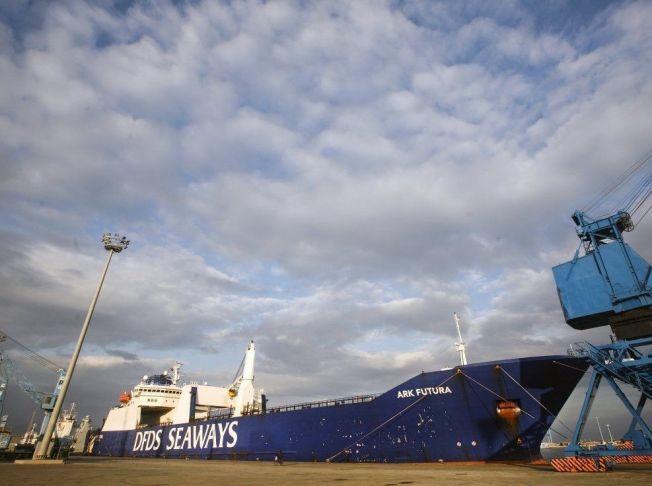DANSK SKIP: De siste kjemiske våpnene ble fraktet ut av Syria i skipet Ark Futura. Bildet er tatt på Kypros i slutten av desember i fjor.Foto: Rune Thomas Ege, VG