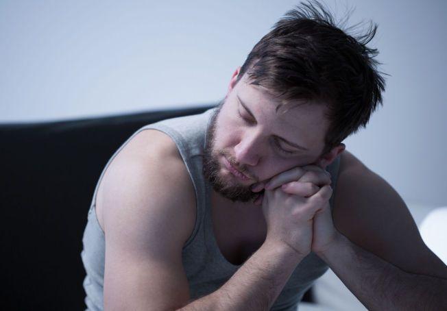 TA DEG EN HØNEBLUND: Så sant du ikke har søvnproblemer, kan såkalte «powernaps» være veldig bra for deg.