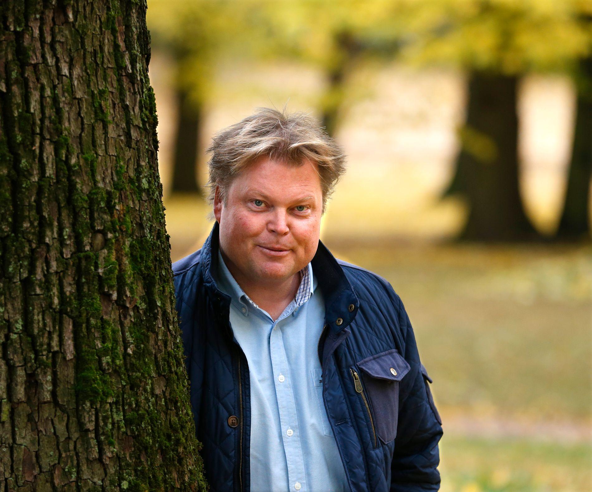 BOK BLIR TV: Forfatter Jørn Lier Horst, er fotografert på hjemmebane i Larvik i 2016.