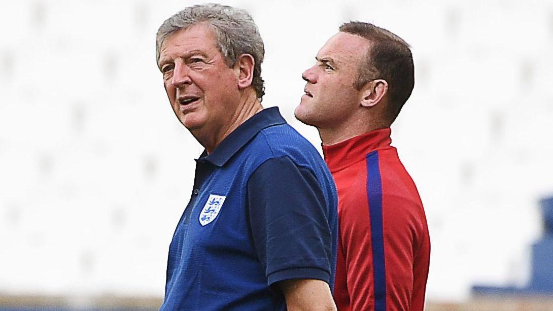 HAR RYDDET PLASS: Eksperter mener at England-trener Roy Hodgson (t.v.) har ryddet plass til sitt lands mestscorende gjennom tidene - Wayne Rooney (t.h.).