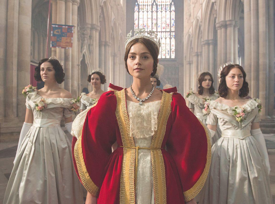 «RULER» VIDERE: Jenna Coleman som dronning Victoria. FOTO: ITV Global Entertainment