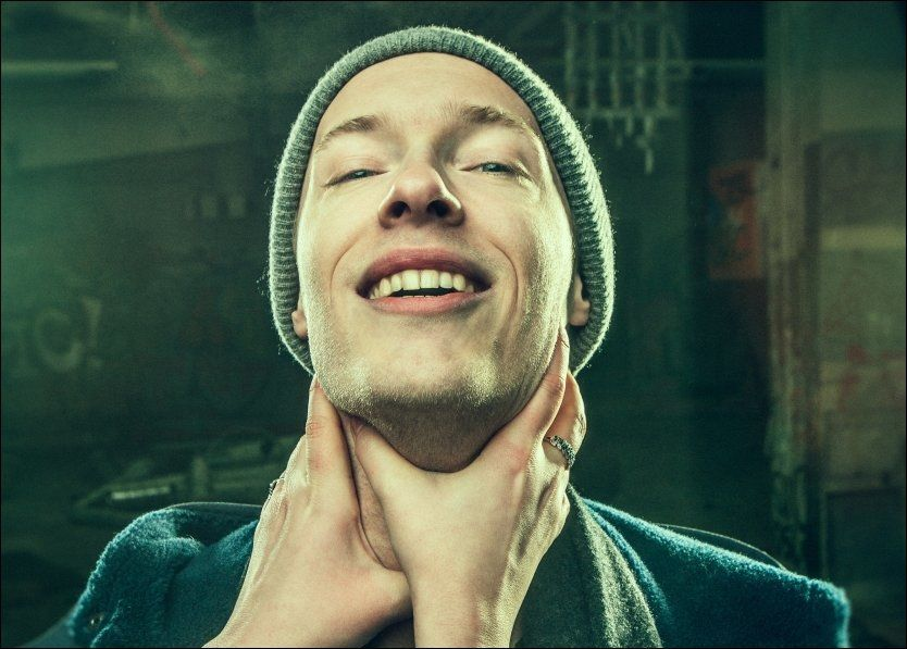 BRAKDEBUT: Store P har lenge vært en sentral figur i Bergens hip hop-miljø. Nå solodebuterer han med brask og bram. Foto: FRANCISCO MUNOZ, NMG/G-Huset