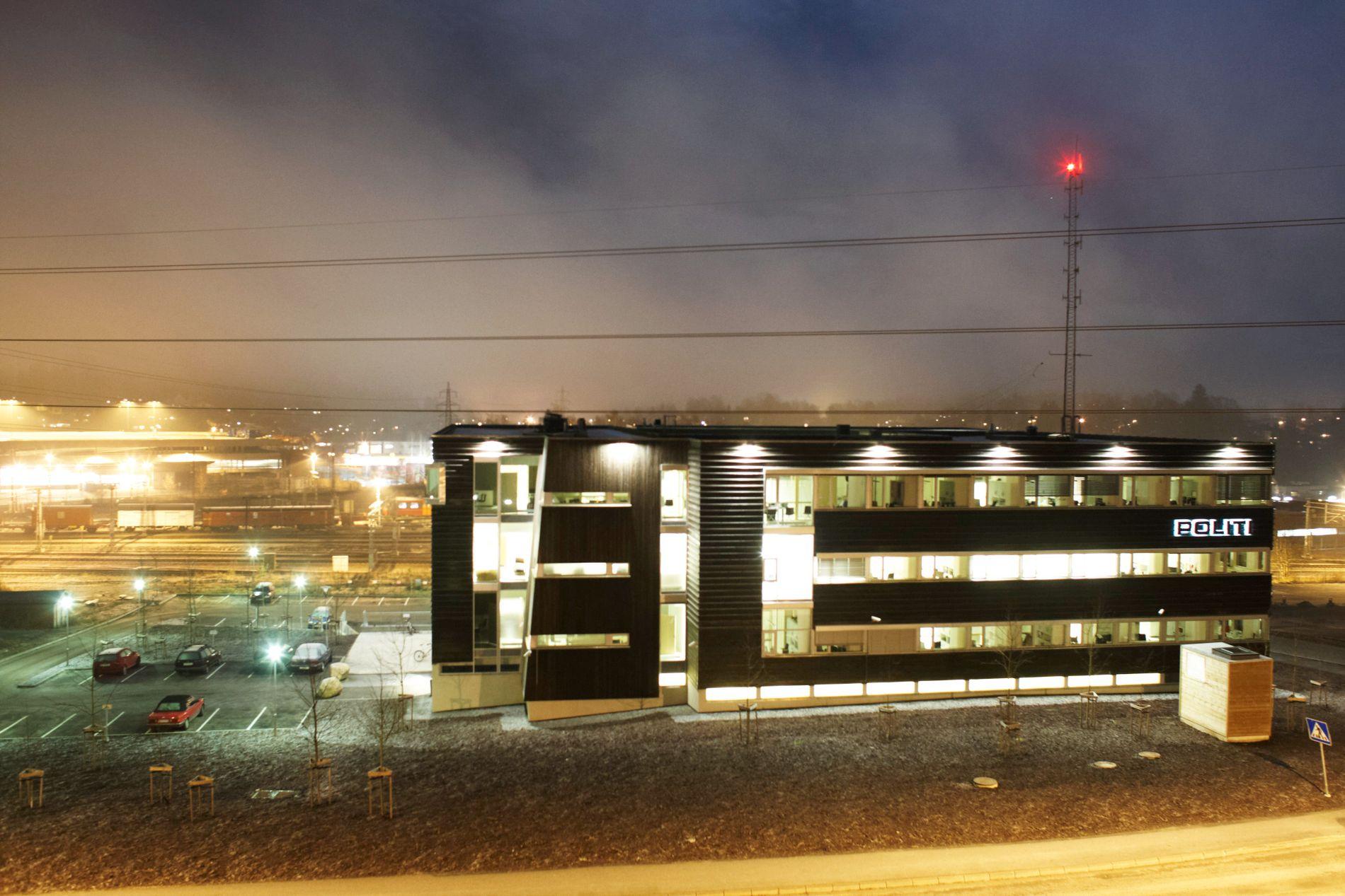 FOLLO POLITIKAMMER: I dette bygget ligger Barnevernvakten hvor Alne har jobbet som tilkallingsvikar siden juni i år. FOTO: TORE KRISTIANSEN, VG