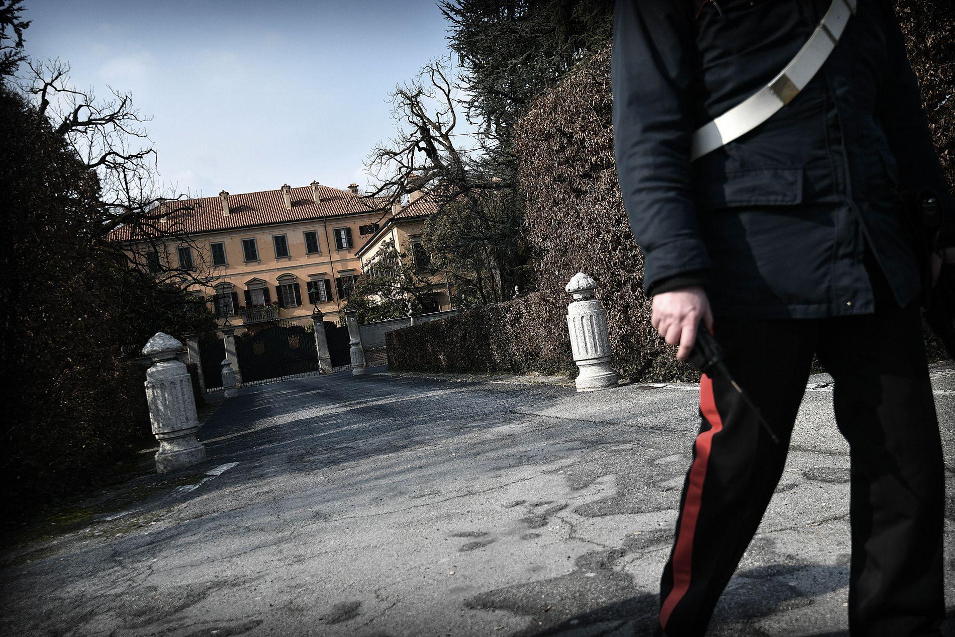 ÅSTEDET: I det 145 rom store Villa San Martino foregikk de famøse bunga-bunga-festene til mangemilliardæren Berlusconi. Han har fått et politisk comeback i den pågående valgkampen.